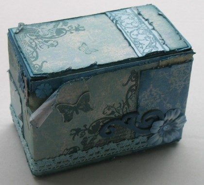Blu pudełko